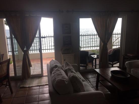 Tres Sirenas Beach Inn: photo1.jpg