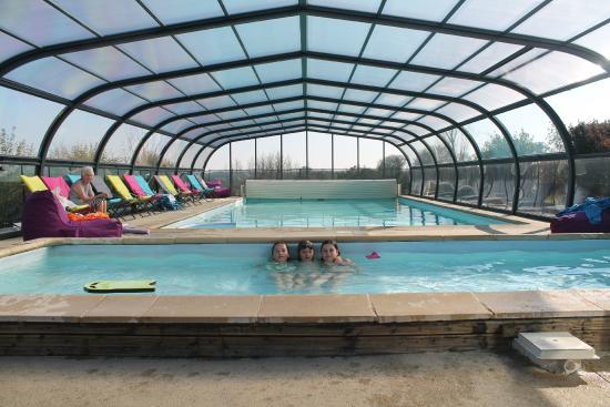 Emerald Coast Gites: Swimming pool