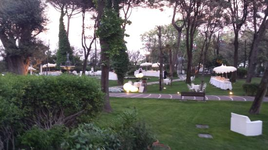 Giardino dell 39 hotel foto di grand hotel rimini rimini for Giardino rimini