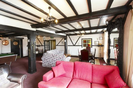 The Portway Inn: Lounge area