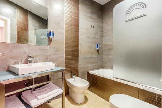 Hotel Patio De La Alameda 54 ̶7̶9̶ Updated 2018