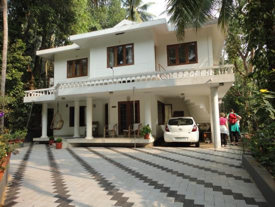 Krishna Leela Homestay: View from the road.