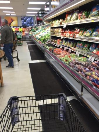Great fresh produce picture of fligners market lorain tripadvisor fligners market great fresh produce junglespirit Images