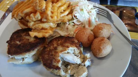 Baltimore Airport Crab Cakes