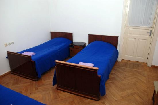 Hostel Old Lviv Dorm With 2 Single Beds