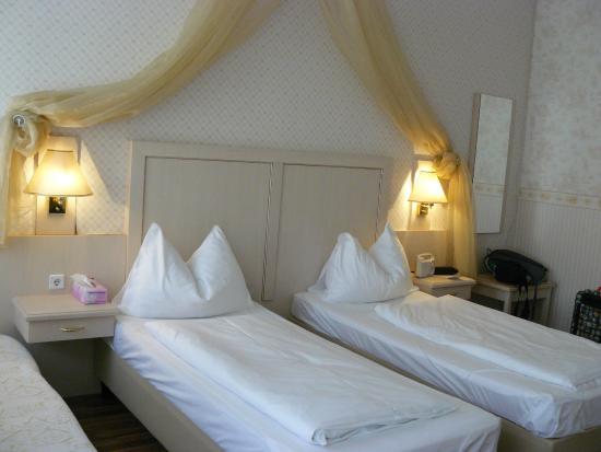 Hotel Kugel: Notre chambre à l'hôtel Kugel