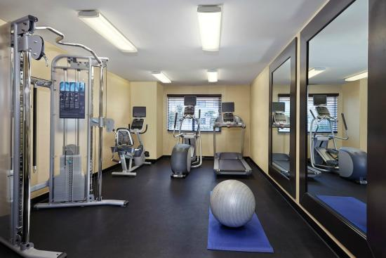 Holiday Inn Express & Suites Naples: Fitness center