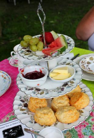 Eldon House: Beautiful tea service