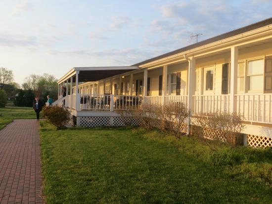 Harrison's Chesapeake House: Side building
