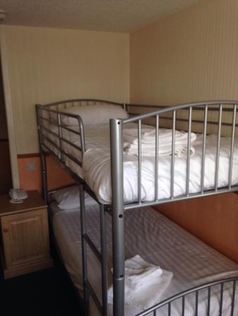 The Abbotsford Hotel: Bunk beds for adults?