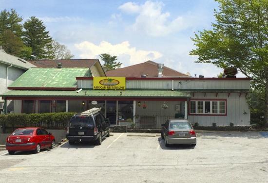 El Manzanillo Mexican Restaurant