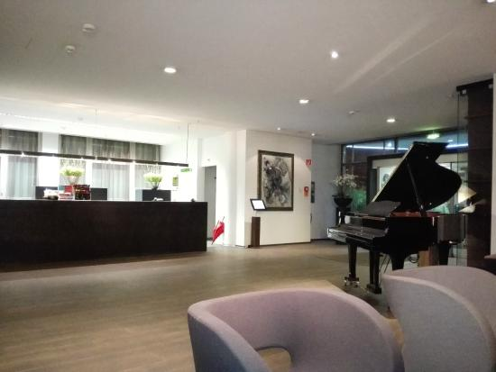 Park Hotel Winterthur: Check in