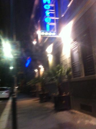 Hotel Dieci Milano : Sabato 2 maggio