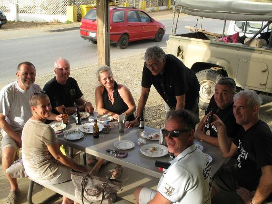 Snack Tour Bonaire (Pub Crawl)