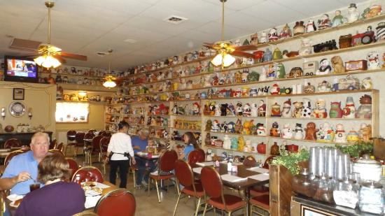Fuller's Family Restaurant: Cookie Jars