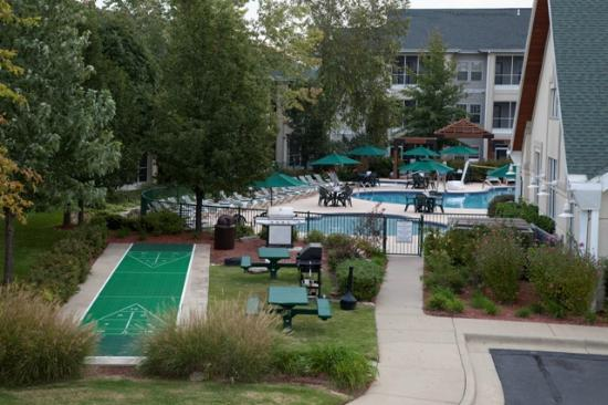 Palace View Resort by Spinnaker: Club House and pool area
