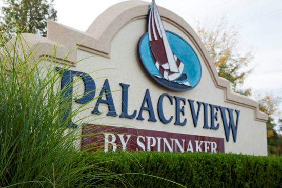 Palace View Resort by Spinnaker: Main Entry Sign
