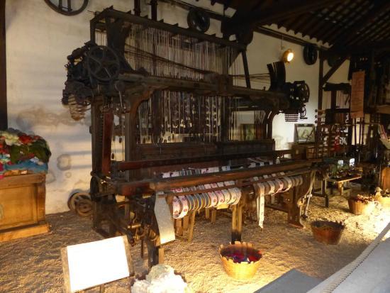métier à tisser - Photo de Musée Maurice Dufresne, Azay-le-Rideau ...