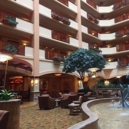 Embassy Suites by Hilton San Marcos - Hotel, Spa & Conference Center: Lobby
