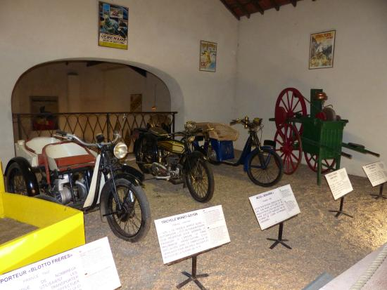 motos - Photo de Musée Maurice Dufresne, Azay-le-Rideau - TripAdvisor