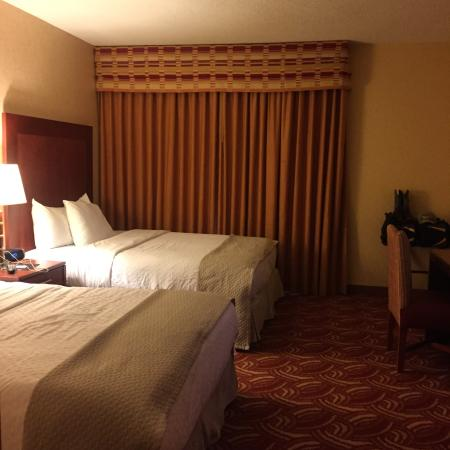 Embassy Suites by Hilton San Marcos - Hotel, Spa & Conference Center: Bedroom