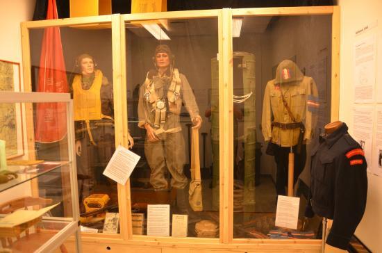 Vandel, Dänemark: WW2 Allied Aircrew Uniforms