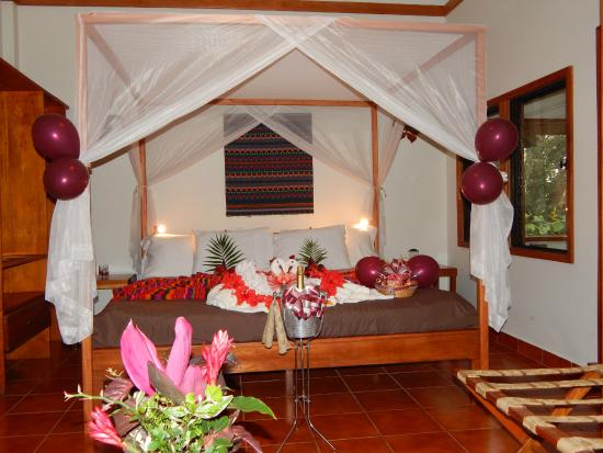 Mariposa Jungle Lodge: Romantic features