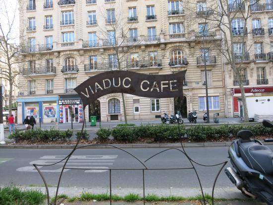 Le Viaduc Cafe : Le Viaduc Café
