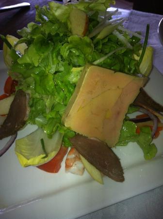 Salades gourmande et terrine de foie gras fait maison picture of la petite auberge papeete - Foie gras maison en terrine ...
