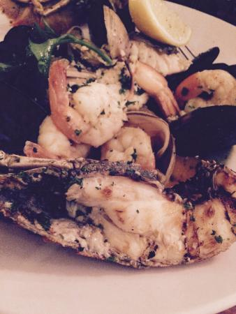 Maldini Cafe Restaurant : Fruits of the sea - mom nom