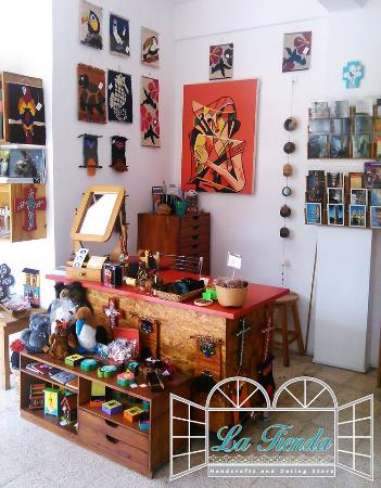 Vivian L. Tettamanti Design Store