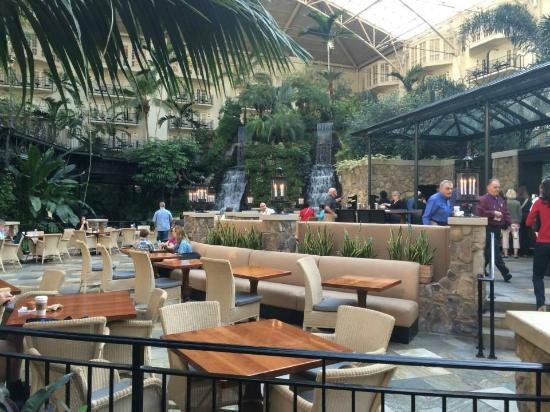 One Of The Interior Restaurants Picture Of Gaylord Opryland Resort