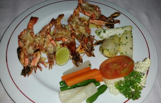 Gosha Bar & Restaurant: Loved our meals