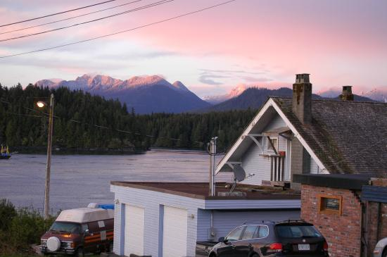 Tofino Travellers Guesthouse : Nearby view