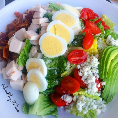 Pinstripes: Colorful cobb salad with turkey @healthy_italian