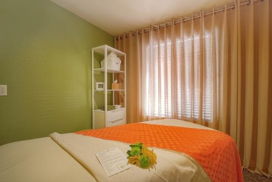 Blissful Knead: Treatment Room