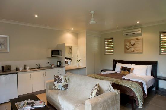 Eden House Retreat: A Luxury Spa Villa