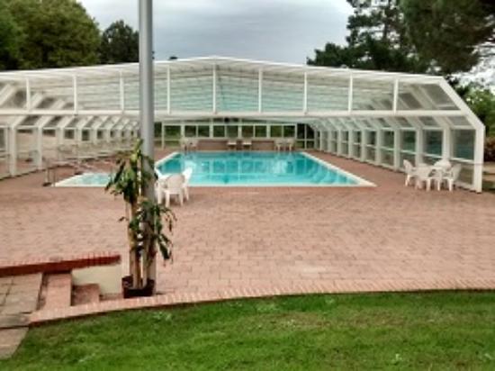I Girasoli: piscina