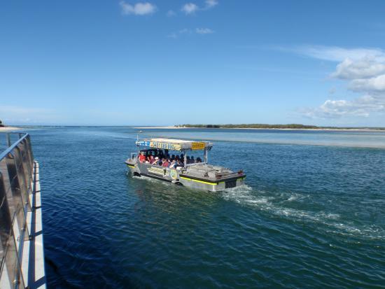 LARC ABOUT Amphibious Environmental Tours : Cruison past town