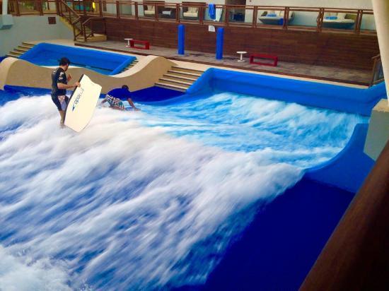 Surf Pool Picture Of Banana Island Resort Doha By Anantara Doha