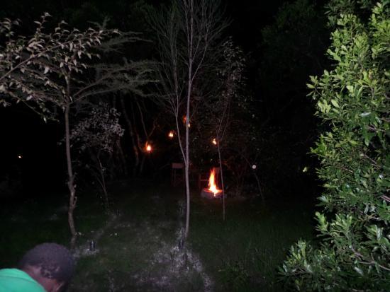 Oltome Resorts: bonfire and bush dinner