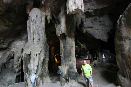 Phetchaburi, Thailand: Cave stalagmites