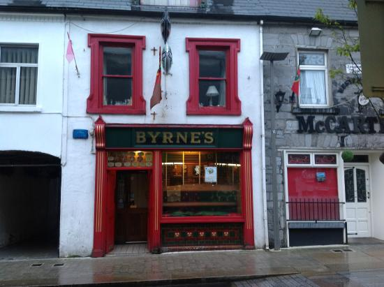 Mick Byrnes Bar