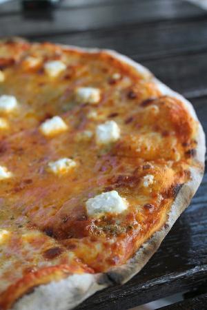 Porto Romano TTDI : Four Cheeses Pizza