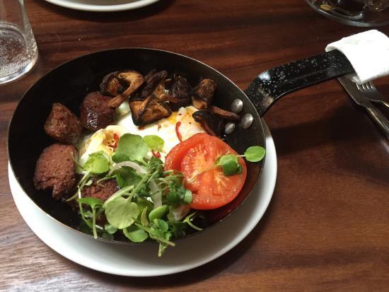 Great breakfast picture of arabica bar kitchen london for Arabica mediterranean cuisine