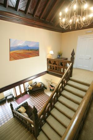 Ffarm Country House: The grand staircase