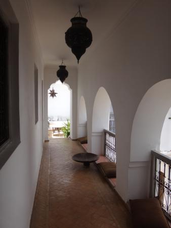 Riad O2: 1er étage permettant d'accéder aux chambres