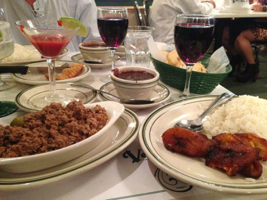 Miam picture of versailles restaurant miami tripadvisor - Cfa versailles cuisine ...