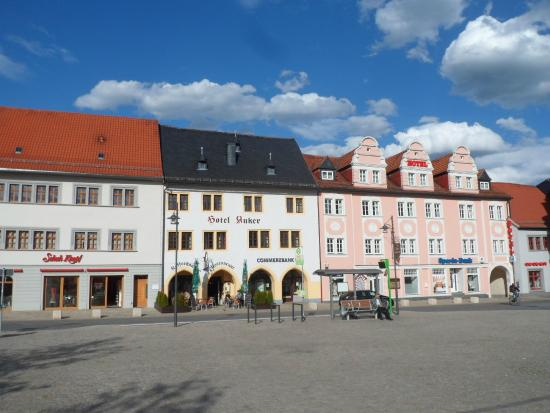 Hotel Anker Saalfeld: Hotel from the square