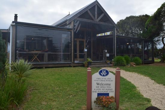‪Phillip Island Winery‬